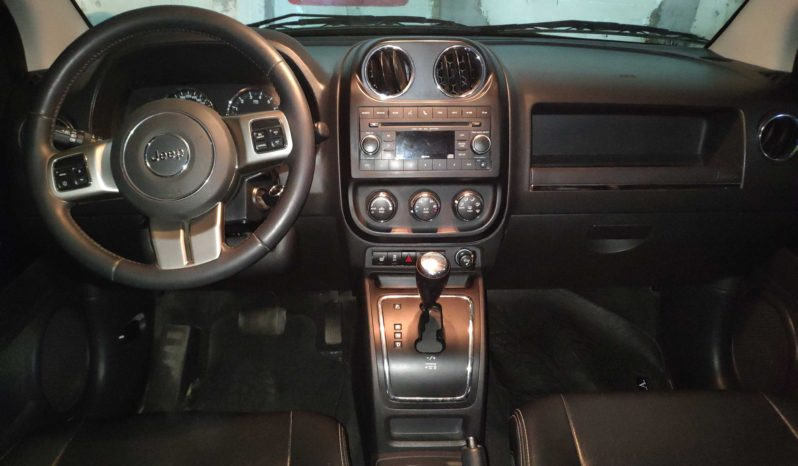 JEEP COMPASS LIMITED 4X4 AT completo